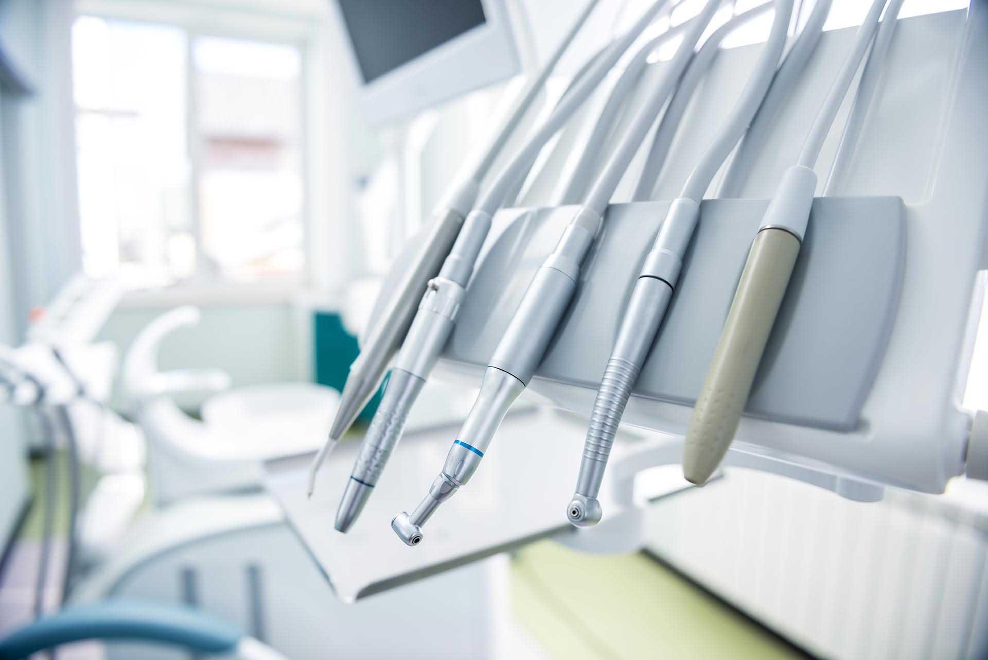 Strumenti implantologia Monza
